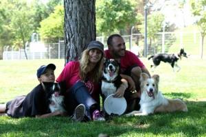 El disc dog se disfruta en familia (© Urko)